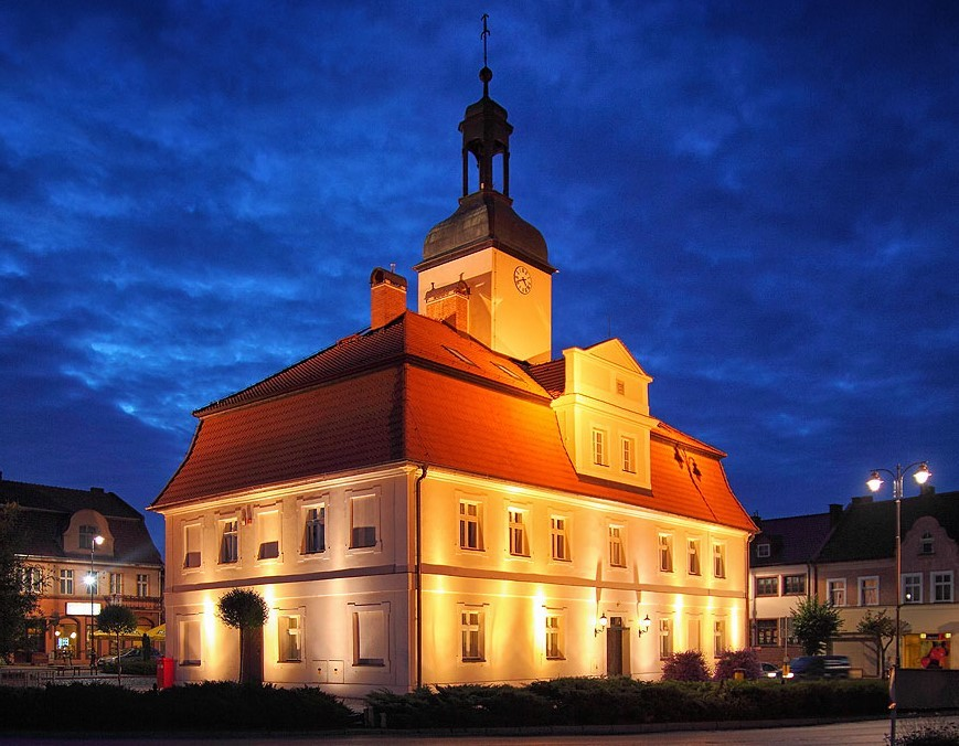 Illumination of the baroque town hall in Bnin - 2